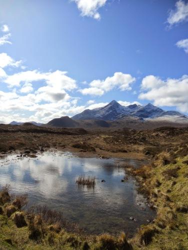 La célèbre île de Skye, aussi belle sous le soleil que dans les nuages