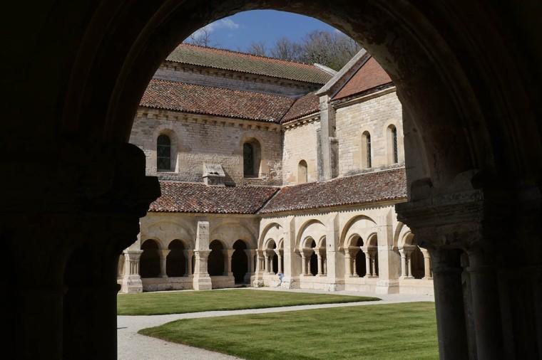 galswind-cloitre-abbayedefontenay-bourgogne