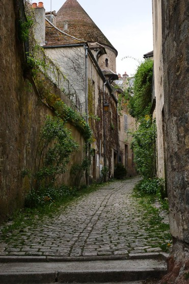 rue-semurenauxois-bourgogne-galswind