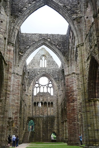 abbey-raodtrip-tintern